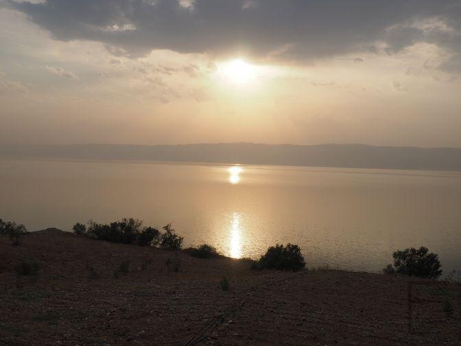 Morze Martwe od strony jordańskiej