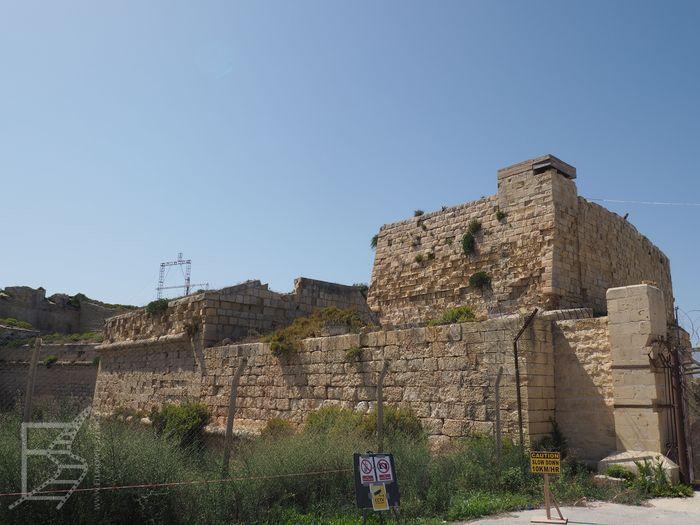 Mury fortu Ricasoli