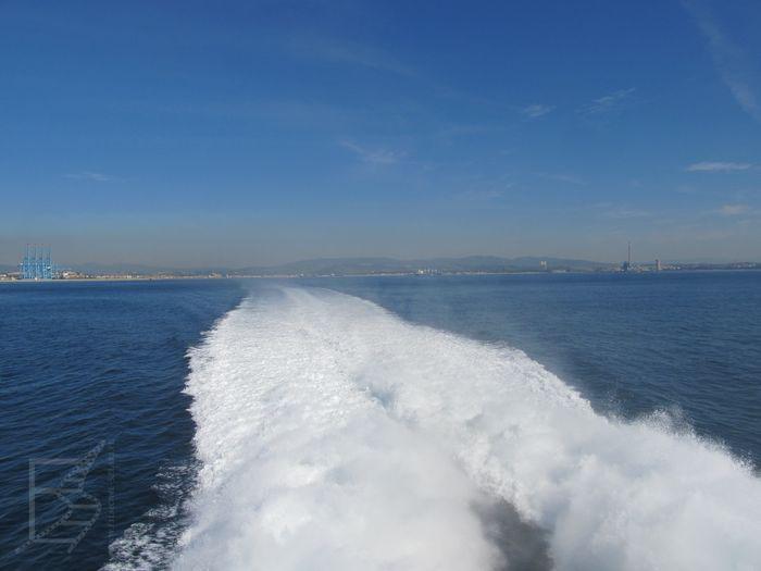 Przeprawa przez morze Śródziemne