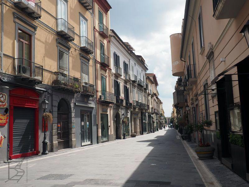 Caserta - miasto już poza pałacem