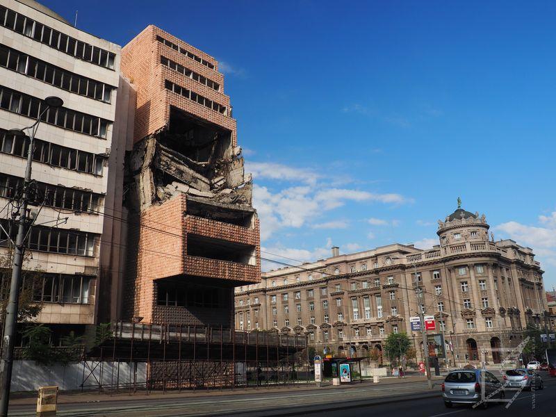 Budynki zniszczone podczas bombardowań NATO