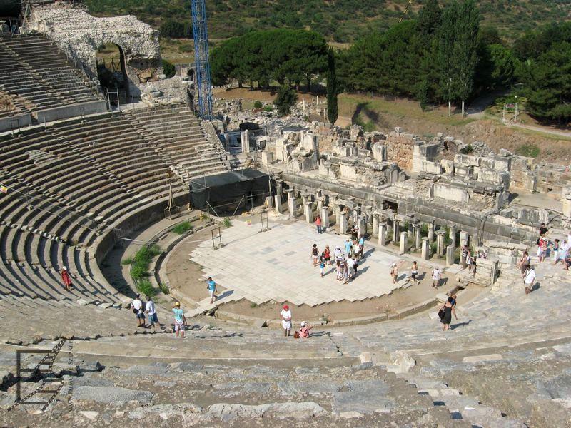 Wielki Teatr w Efezie (Turcja Egejska)