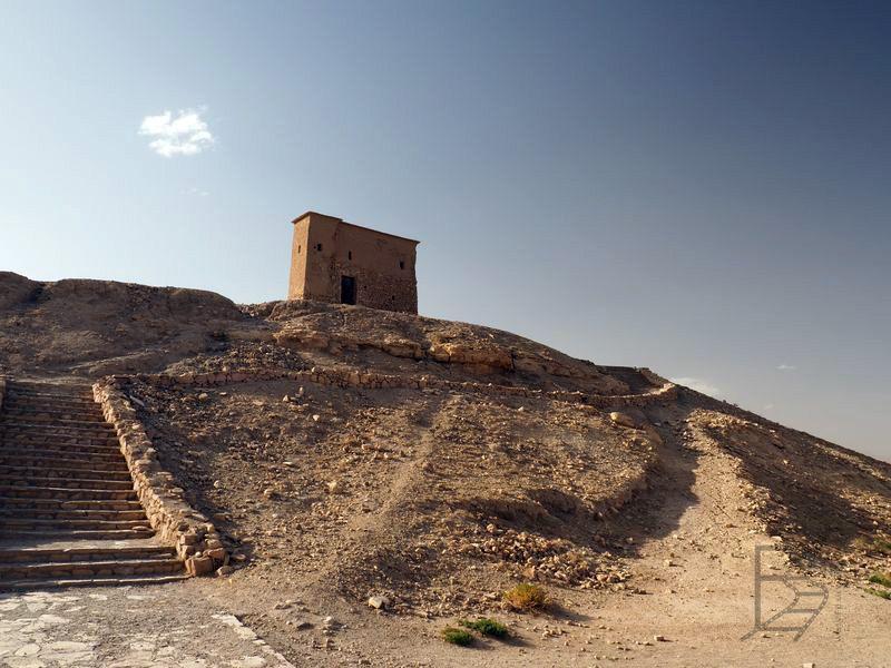 Budynek na szczycie (Ajt Bin Haddu)