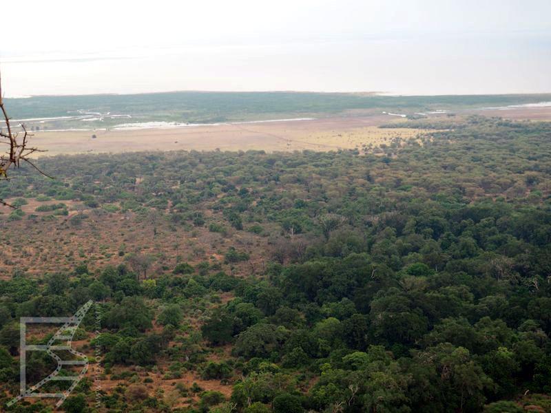 Jezioro Manyara widziane z uskoku