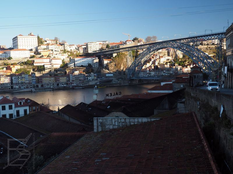 Most Dom Luis i magazyny porto