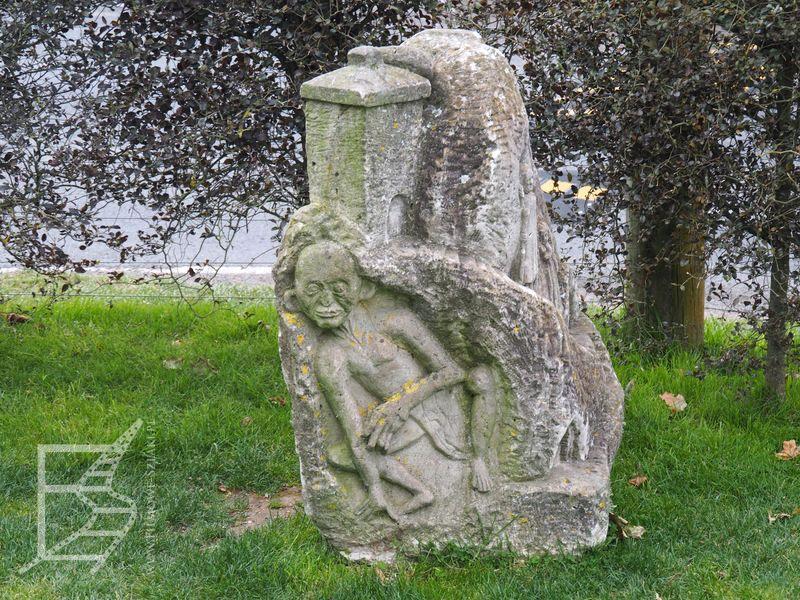 Rzeźba Golluma w Shire's Rest