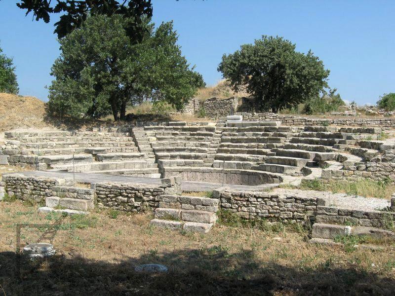 Ruiny amfiteatru w Troi