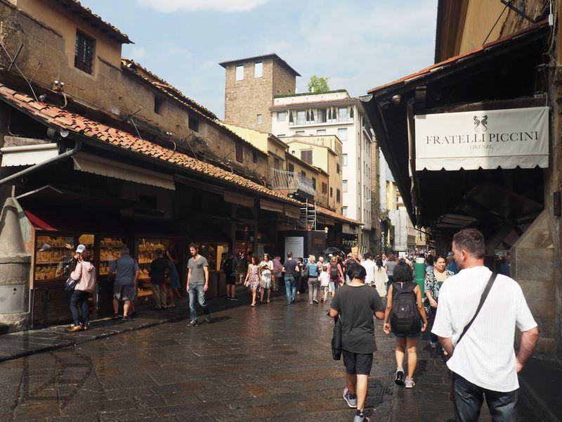 Przejście przez Ponte Vecchio
