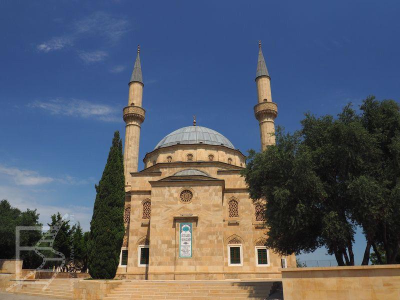 Jeden z wielu meczetów w Baku