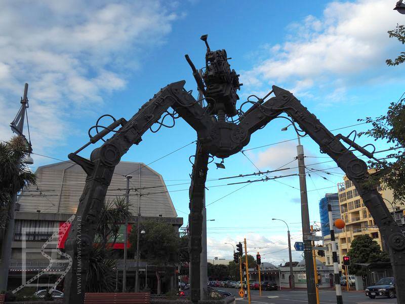Rzeźba reklamująca Wetę