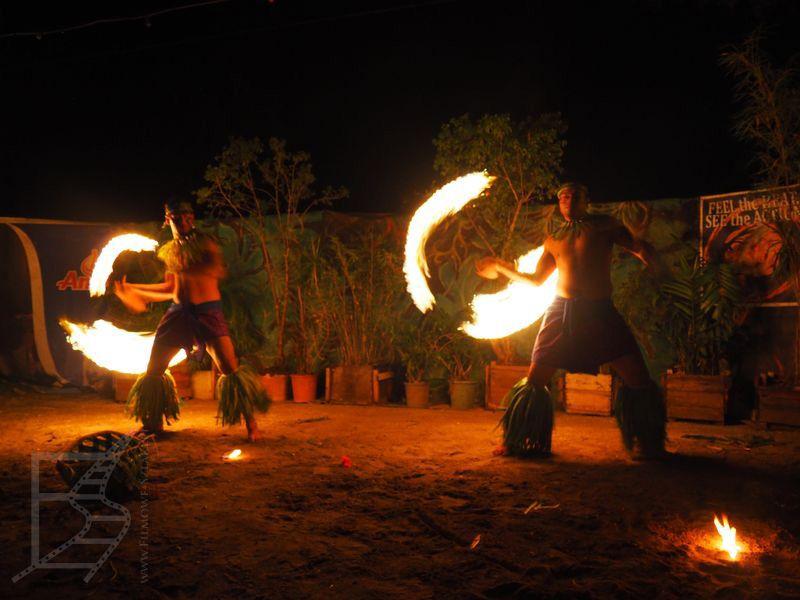 Pokazy tańców i ognia