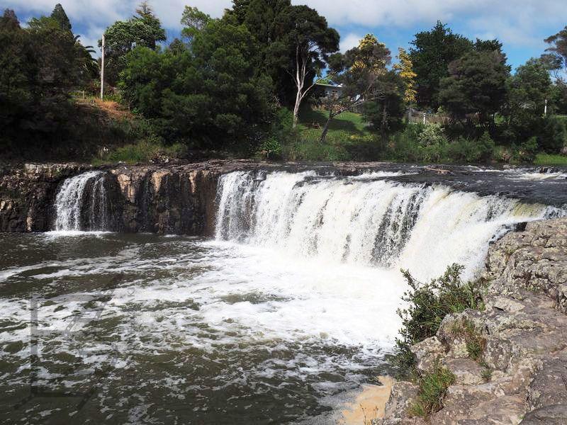 Wodospad Haruru Falls