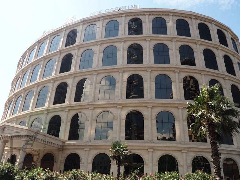 Hotel w kształcie Koloseum