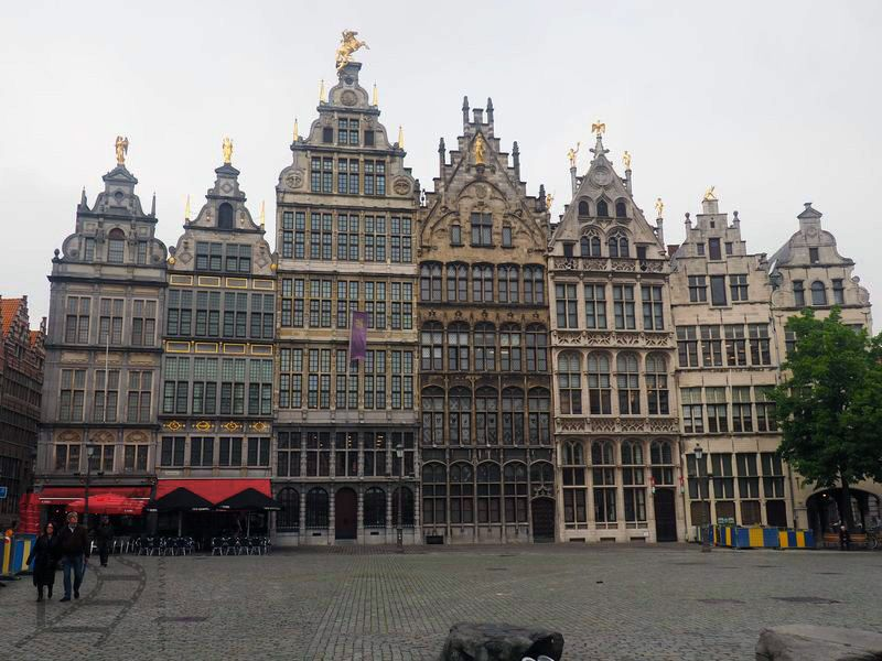 Budynki przypominające Brukselę