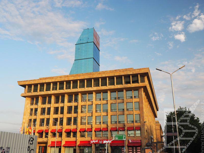 W tym wysokim budynku znajduje się kasyno Jewel