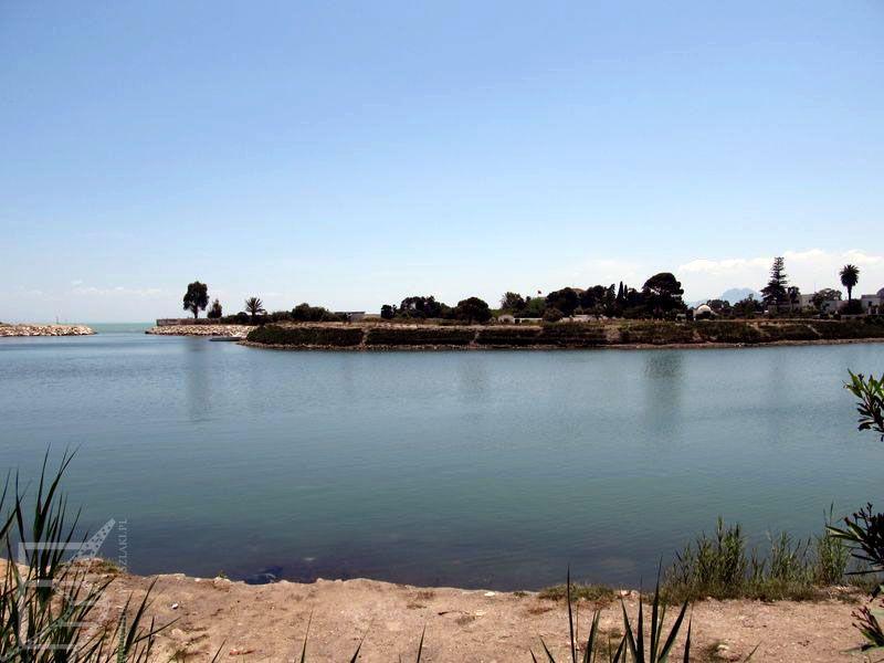 Dawny port fenicki