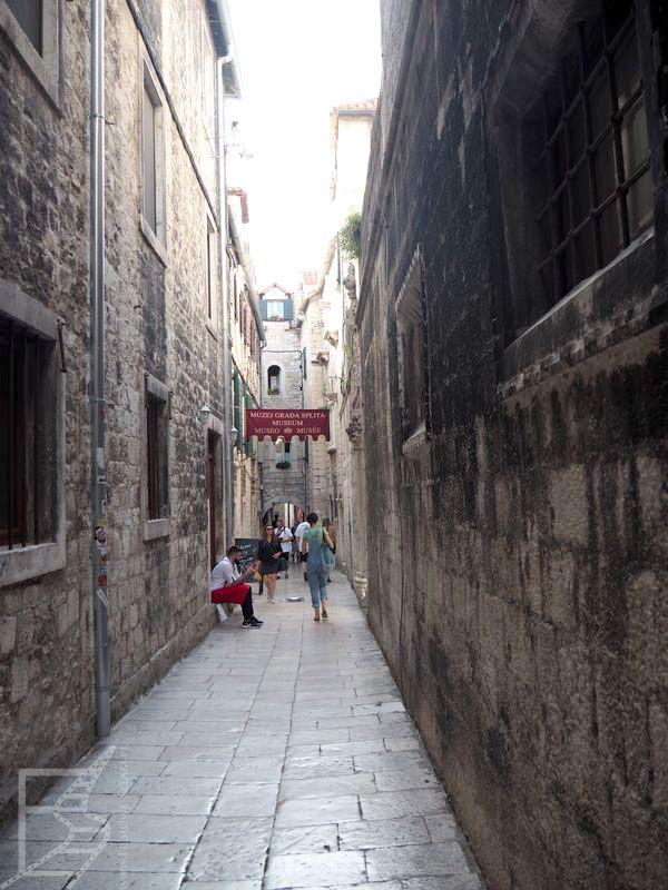 Wąskie uliczki Splitu (i Meereen)