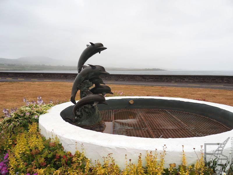 Fontanna z delfinem w Portmagee