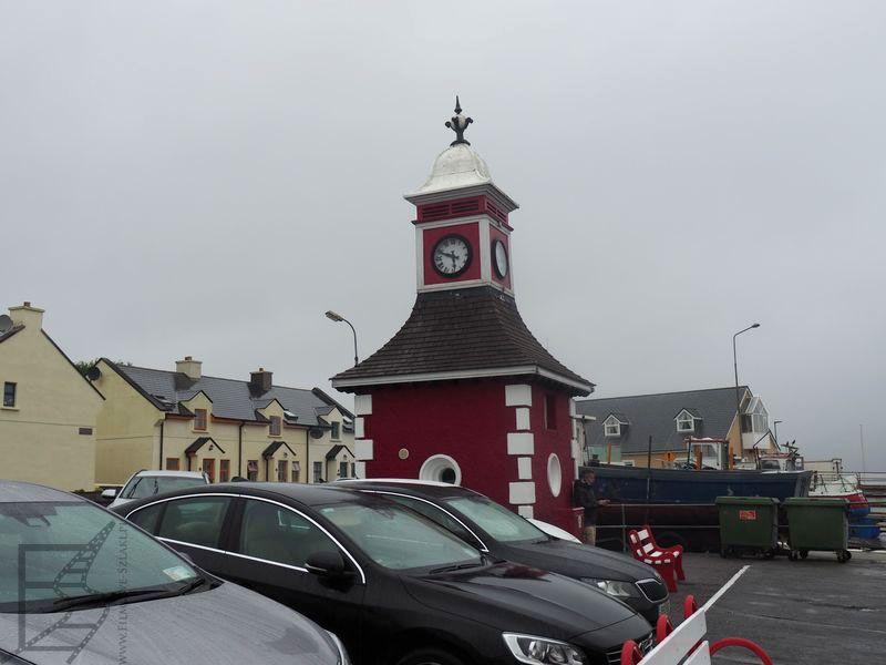 Wieża zegarowa w Knight's Town