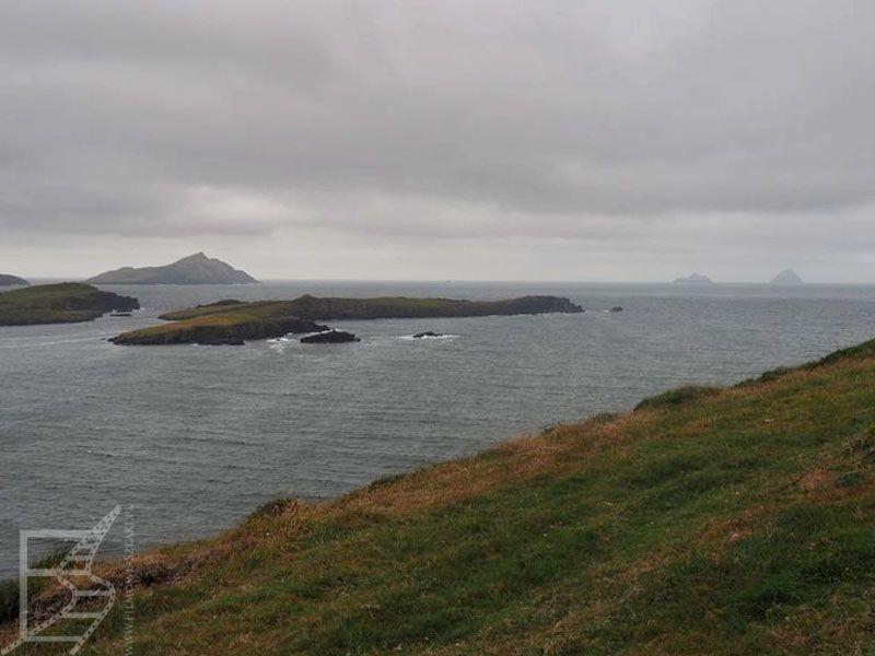 Wyspy Skellig, Puffin Island widziane z Bray Head na wyspie Valentia