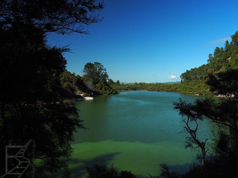 Jezioro za którym zbudowano elektrownię geotermalną