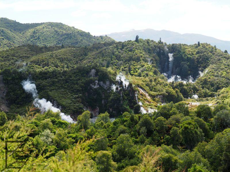 Wulkaniczna dolina Waimangu