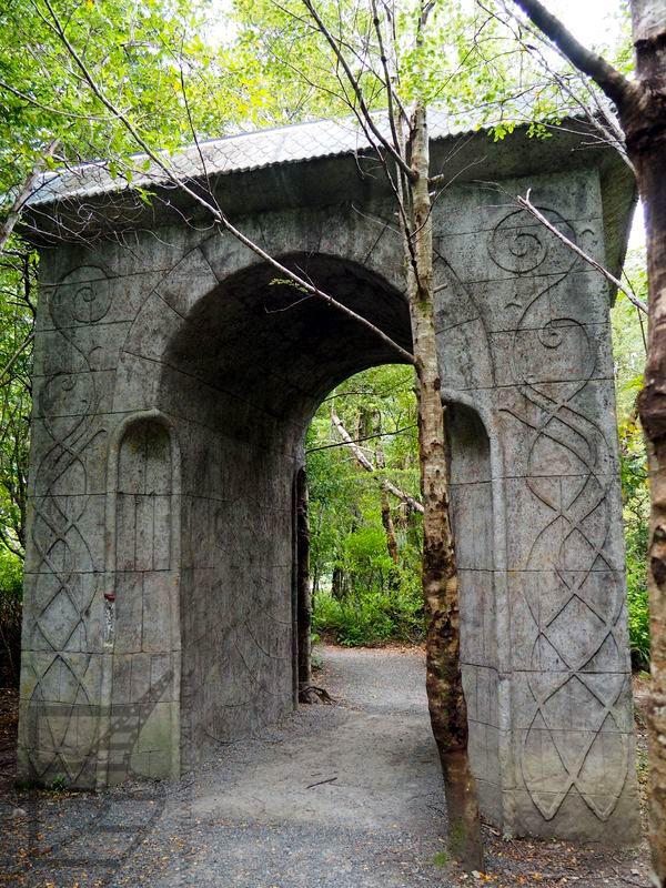 Portal zbudowany przez fanów