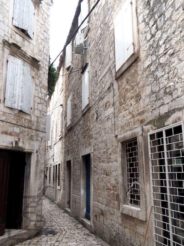 Uliczki w Trogirze