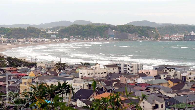 Kamakura i widok na zatokę Sagami (Ocean Spokojny)