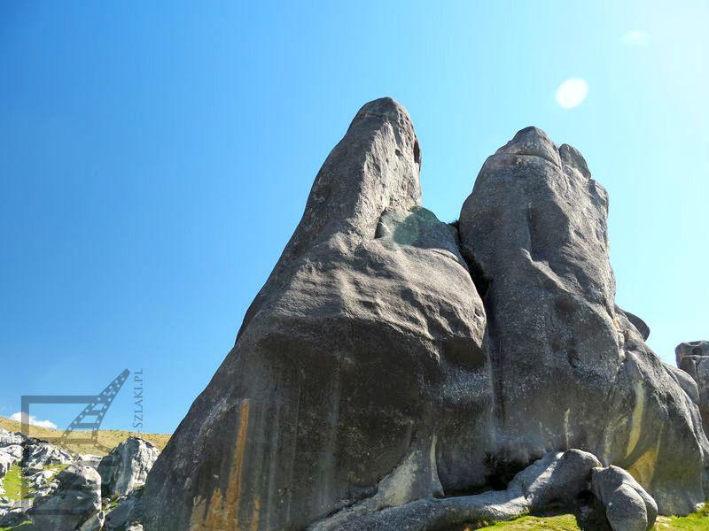Skały w Kura Tawhiti Conservation Area