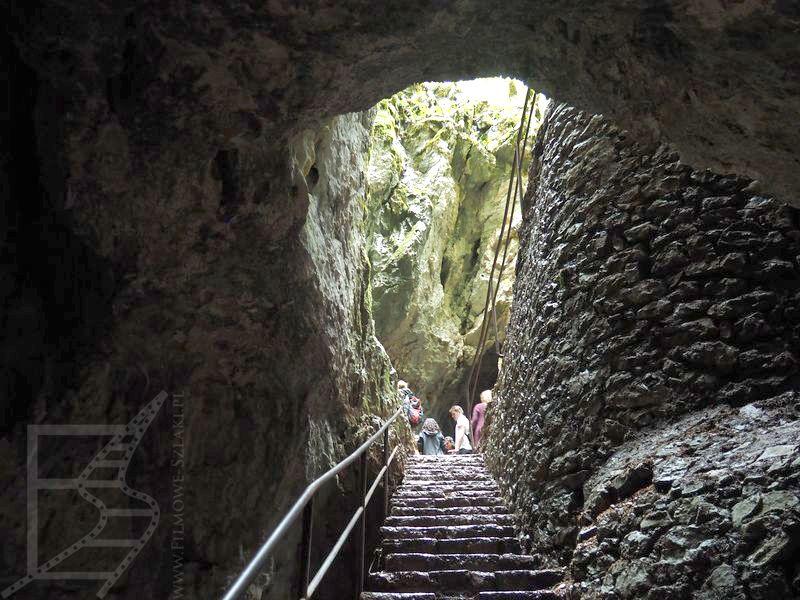 Jaskinia krasowa