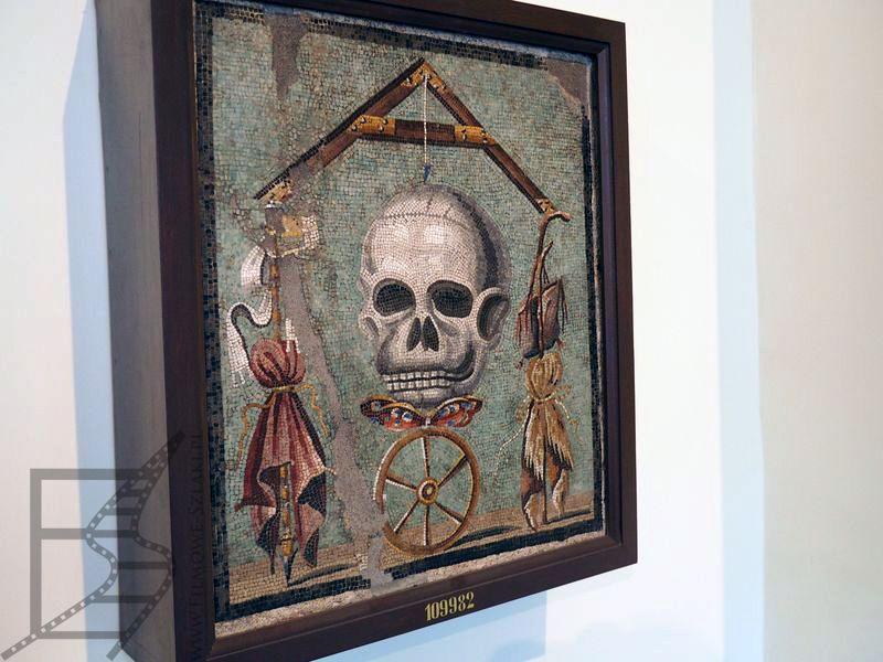 """Jeden z rekwizytów w Muzeum Archeologicznym, przypominający serial """"Rzym"""""""