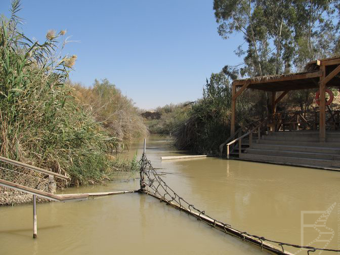 Rzeka Jordan, miejsce chrztu Jezusa Chrystusa