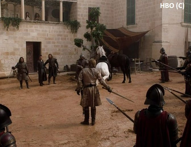 "Walka przed burdelem Littelfingera – Mdina, Malta ""Gra o tron"""
