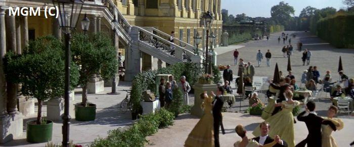 Schönbrunn, Wiedeń i James Bond
