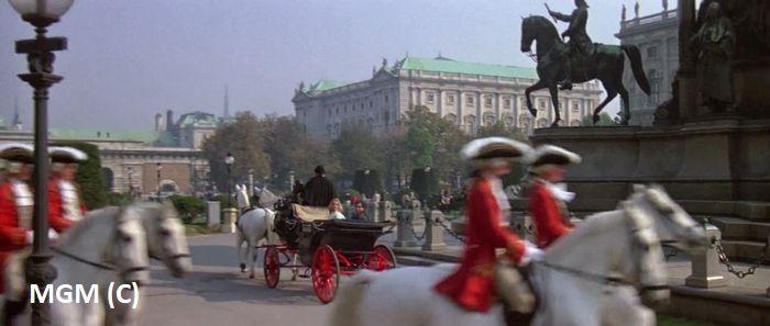 """Plac Marii Teresy (Wiedeń), """"W obliczu śmierci"""""""