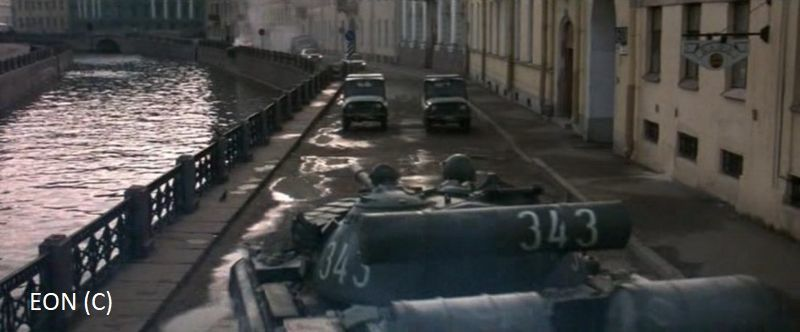 """Goldeneye"", Sankt Petersburg, kanały rzeki Moika"