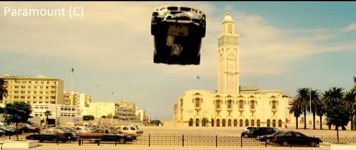 """""""Mission: Impossible – Rogue Nation"""" i Casablanca (meczet Hassana II w tle)"""
