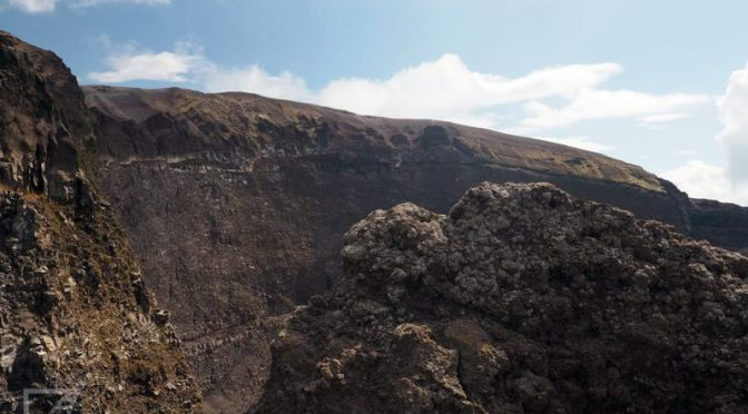 Wezuwiusz, wejście na wulkan, który zniszczył Pompeje