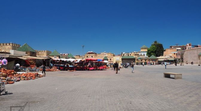 Meknes, dawna stolica Maroko i brama Bab el-Mansour