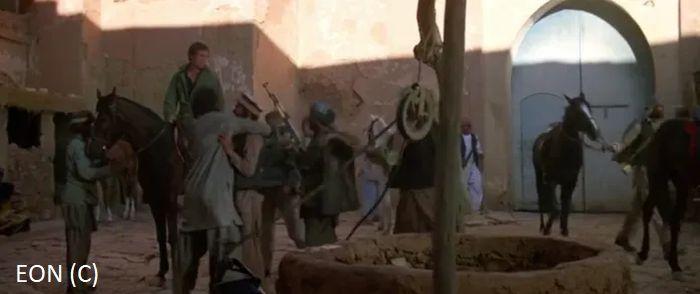 """Ajt Bin Haddu jako afgańska twierdza w """"W obliczu śmierci"""". Tu James Bond dogaduje się z mudżahedinami."""