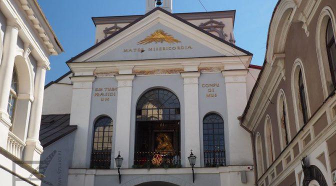 Wilno, Ostra Brama, Mickiewicz i polskie ślady