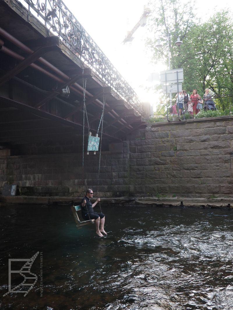 Huśtawka pod mostem (Zarzecze, Wilno)