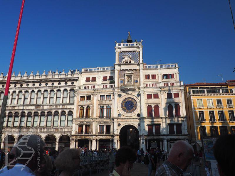 Zegar zniszczony przez Bonda. Wieża zegarowa w Wenecji, plac św. Marka