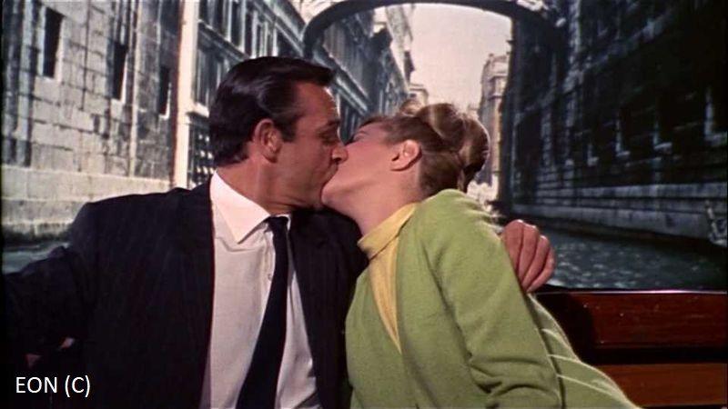 """""""Pozdrowienia z Rosji"""", czyli James Bond (Sean Connery) i most Westchnień (Wenecja)"""