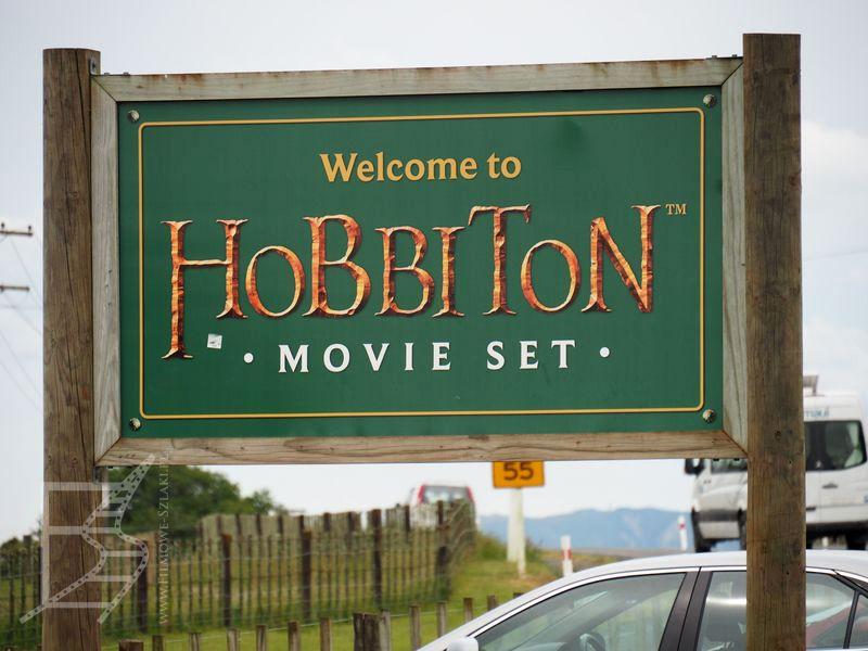 Znak powitalny planu filmowego Hobbiton