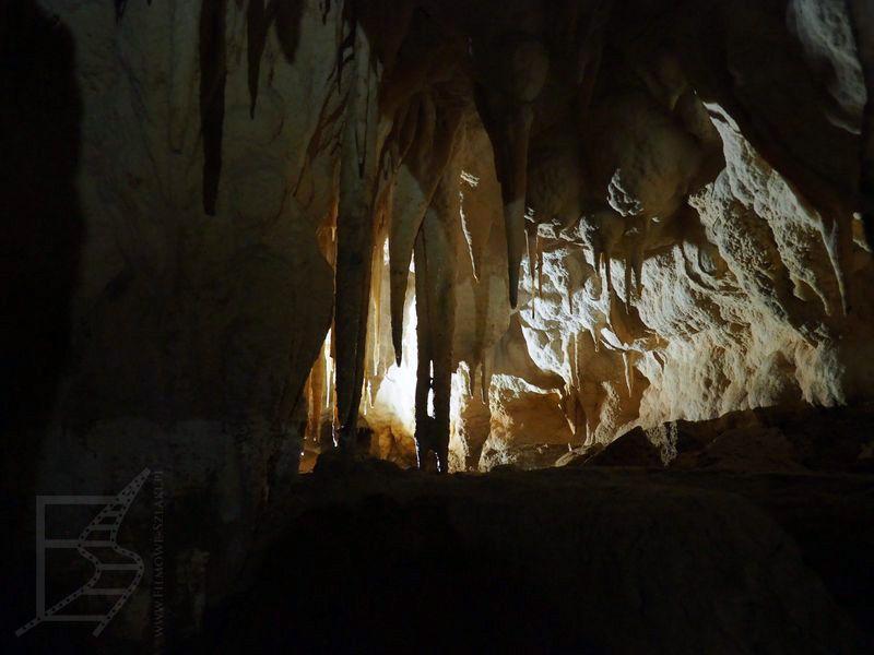 Jaskinie Ruakiri