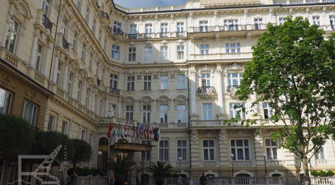 Karlowe Wary i kasyno Royale
