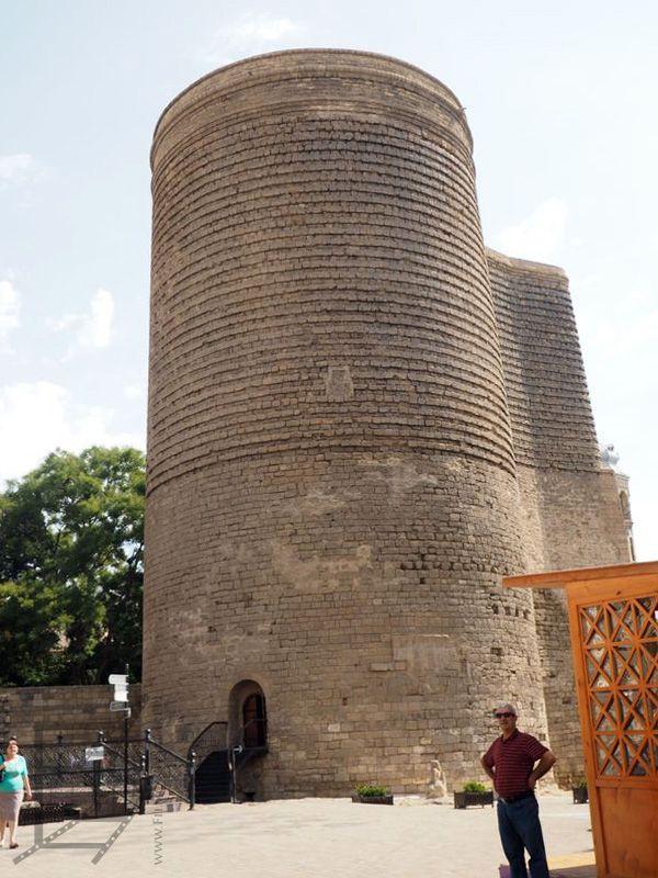 Baszta Dziewicza (Baku)