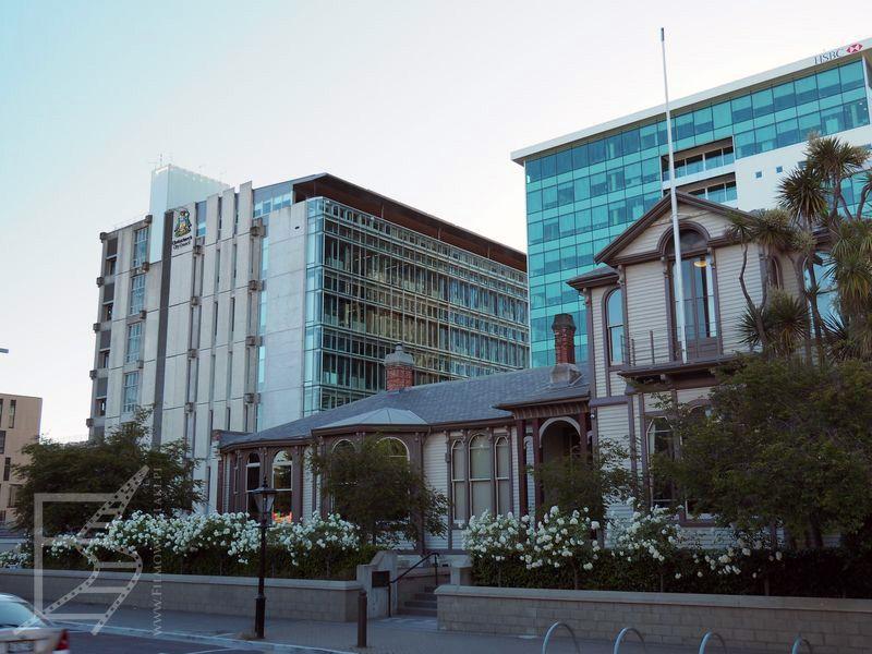 Zabytkowe i mniej zabytkowe budynki Christchurch